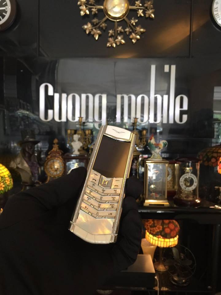 Những chiếc điện thoại Vertu chính hãng hút hồn phái đẹp